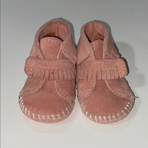 Minnietonka baby bootie